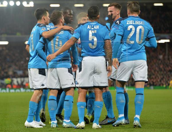 De no haber cambios en las indicaciones de la #SerieA, el Nápoles, en el que fueron detectados dos jugadores positivos p…