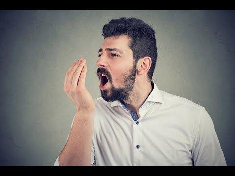 ¿Por qué nos huele el aliento?