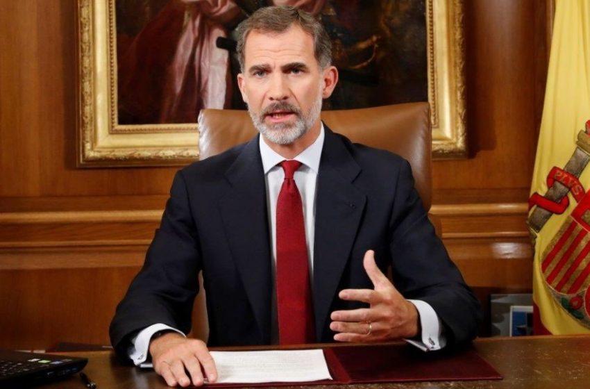 Felipe VI, el rey que ni puede llamar por teléfono ni Sánchez le dejaría hacer el discurso español del 3-O …
