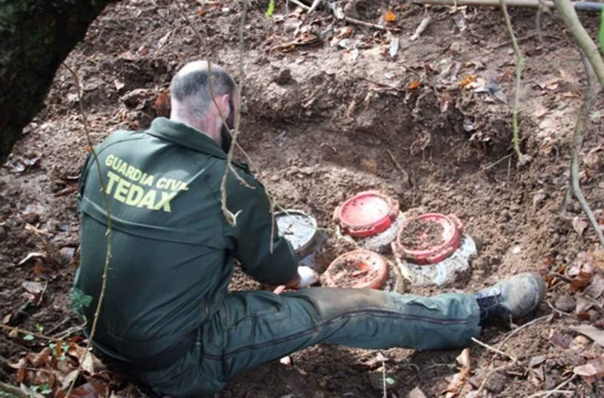La Guardia Civil detiene a tres responsables de un zulo de ETA localizado en 2019 en Álava …
