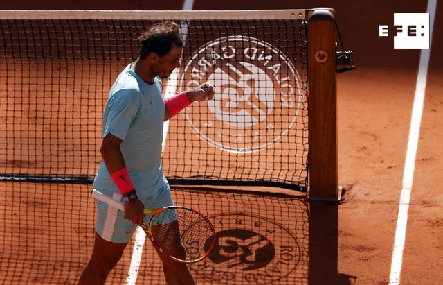 #ÚLTIMAHORA | Nadal, un torbellino contra Korda, jugará por decimocuarta vez los cuartos.  #RolandGarros   …