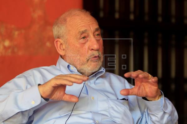 Joseph Stiglitz, premio Nobel de Economía en 2001, cerró la X edición del Festival Puerto de Ideas, donde afirmó que no …