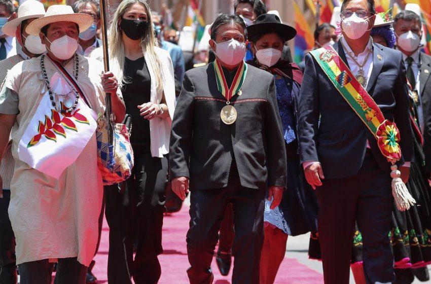 Luis Arce lanza en su discurso de investidura como presidente de Bolivia duras críticas al Gobierno interino de Áñez  …
