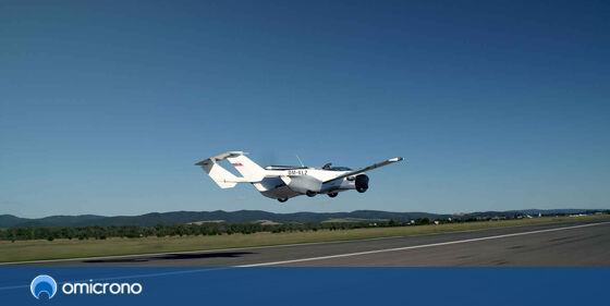 #Aviación | El coche volador que puede cruzarse España: transformación en minutos y motor BMW, por @Omicrono  …