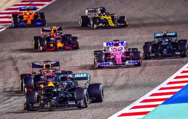 Ni Lewis Hamilton, ni Romain Grosjean disputarán este fin de semana el Gran Premio de Sakhir: el inglés, por su positivo…