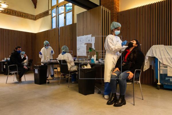 La presión hospitalaria por el #coronavirus sigue a la baja en Cataluña, con 48 ingresados menos, al igual que la veloci…