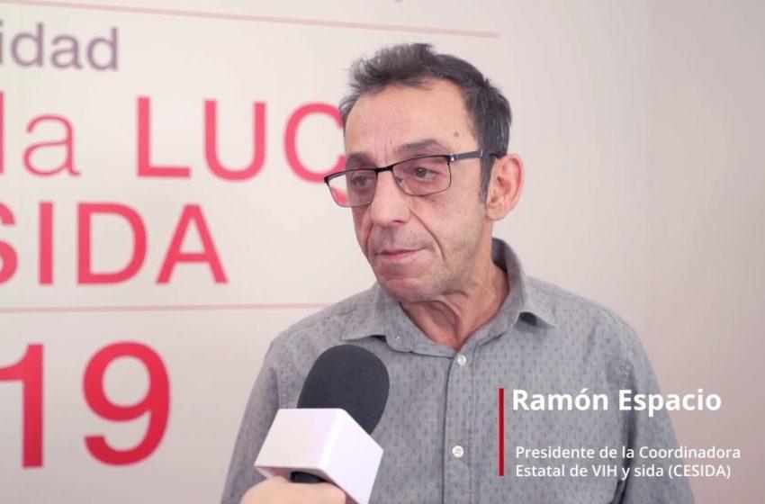 Entrevista a Ramón Espacio. Mesa redonda sobre VIH: los retos en la lucha contra el sida