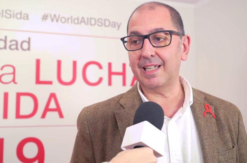 Entrevista a Miguel Ángel Rodríguez. Mesa redonda sobre VIH: los retos en la lucha contra el sida