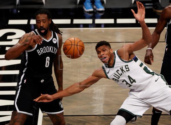 El mundo de la #NBA volvió a poner su mirada en el Barclays Center donde los Nets de Brooklyn, con su nueva estrella del…