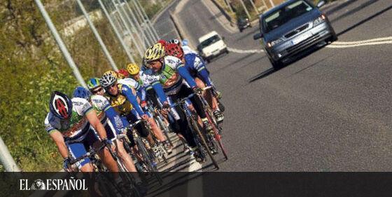 Cuidado al adelantar ciclistas, la DGT cambia las normas: hasta 200 euros de multa por incumplirlas …