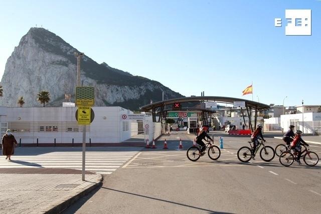El Gobierno de Gibraltar decreta el confinamiento general debido a la pandemia de la covid-19. #coronavirus    …