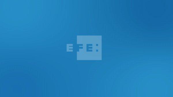 #EFEURGENTE | El PSC y ERC empatan con 33 diputados en las elecciones al Parlamento catalán del #14F seguidos de JxCat, …