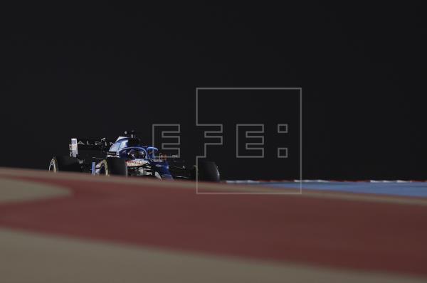 El español Fernando Alonso tuvo que abandonar el Gran Premio de Baréin por un problema en los frenos traseros que estuvo…