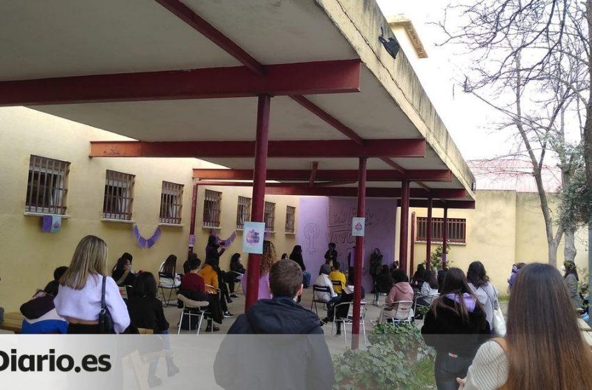 Los directores de los institutos públicos denuncian «presiones» del Gobierno de Ayuso para vetar a Irene Montero el #8M2…