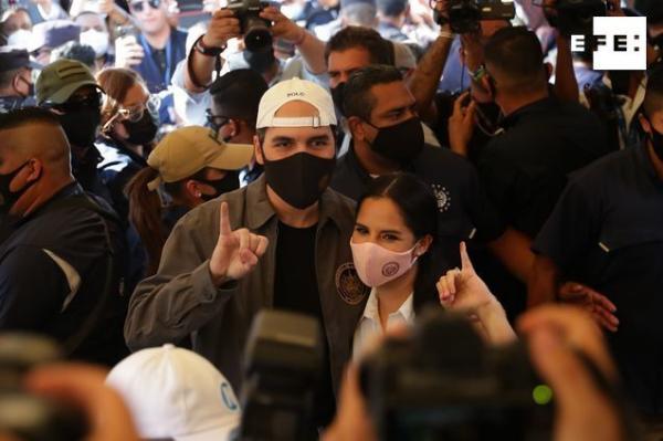 Aún sin conocerse los resultados oficiales, el presidente de El Salvador, Nayib Bukele, aseguró en su redes sociales que…