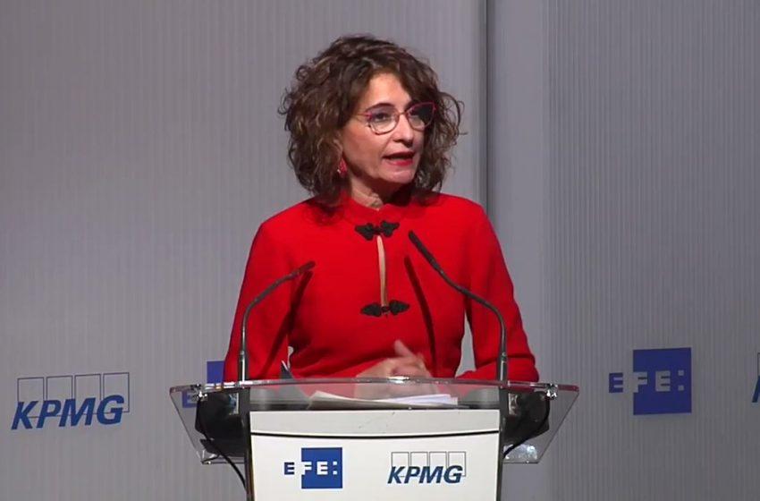 La ministra de Hacienda, María Jesús Montero, sobre la importancia de volver a una situación de crecimiento pre-pandemia…