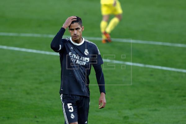 Raphael Varane, central francés del Real Madrid, es baja para el partido de vuelta de las semifinales de la Liga de Camp…