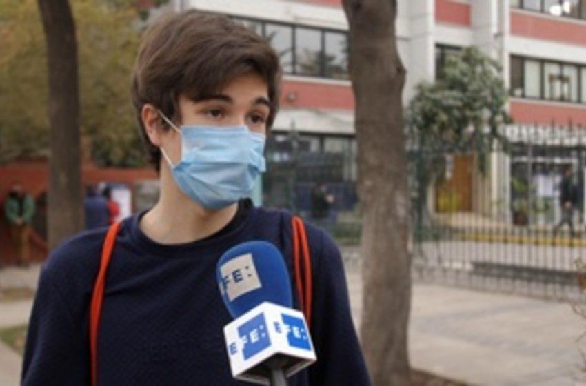 CRÓNICA | Los jóvenes, motores de la nueva era que arranca en Chile. #Elecciones2021CL   Por @mmartinezmur   …