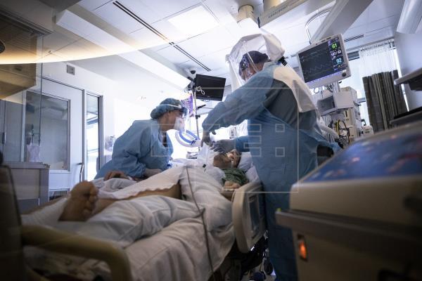 Estados Unidos alcanzó 32.993.038 casos confirmados del #coronavirus SARS-CoV-2 y 586.330 fallecimientos por la enfermed…