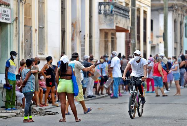 Cuba superó los 1.000 fallecidos por covid-19, que elevan a 1.003 el acumulado desde el inicio de la pandemia, y suma 14…