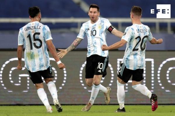 CRÓNICA   1-1. Argentina y Chile empatan en el debut con goles de Messi y Vargas. #CopaAmérica    Antonio Lacerda/Andre …