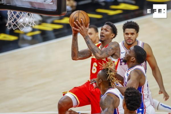 Los Sixers toman la ventaja; los Suns, a un triunfo de las finales de la Conferencia Oeste. #NBAPlayoffs #NBA  …