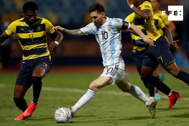 CRÓNICA   3-0. Argentina golea a Ecuador y se cita con Colombia en las semifinales. #CopaAmérica     …