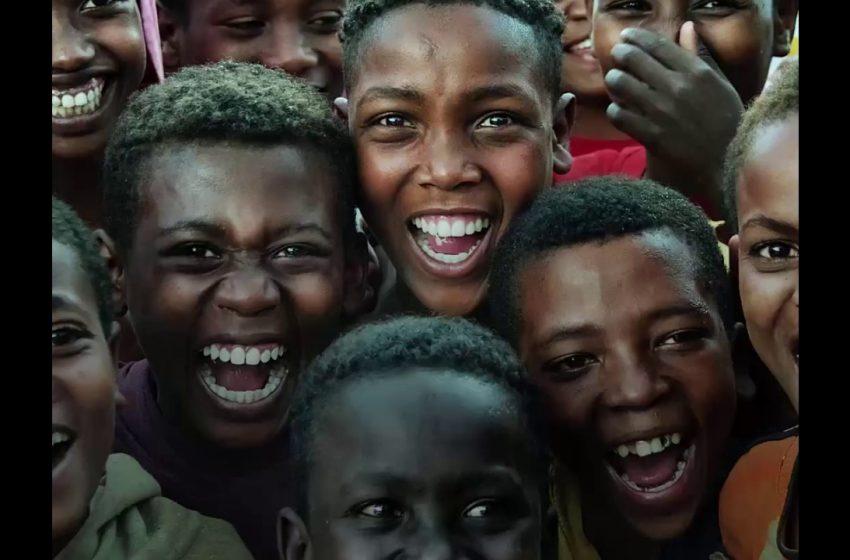 Histeria colectiva: ¿qué fue la epidemia de risa en Tanzania?
