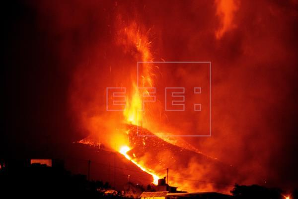 El director técnico del Plan Especial de Protección Civil y Atención de Emergencias por Riesgo Volcánico (Pevolca), Migu…